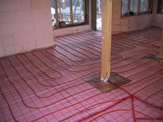 basement infloor heating and concrete pour